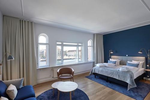 Book Copenhagen Strand Hotel In Copenhagen Hotels Com