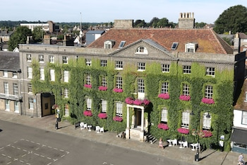 Picture of The Angel Hotel in Bury St Edmunds