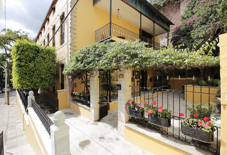 昆塔拉斯合歡精品飯店, 瓜納華多, 飯店入口