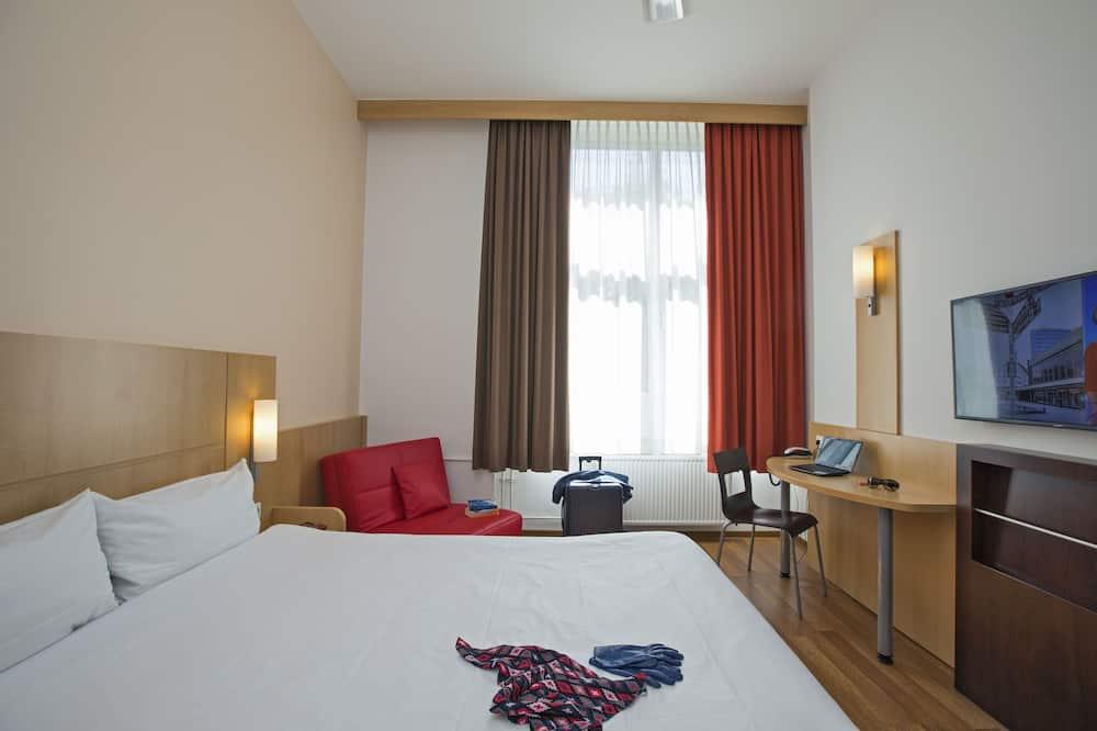 Kamar, 1 Tempat Tidur Double dengan tempat tidur Sofa - Foto Unggulan