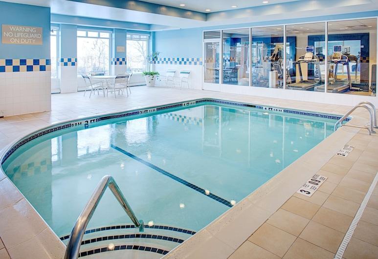 Hilton Garden Inn Hartford North/Bradley Int'l Airport, Windsor, Pool