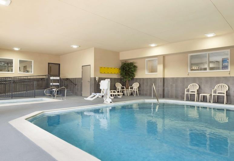 Country Inn & Suites by Radisson, Georgetown, KY, Georgetown, Vidaus baseinas