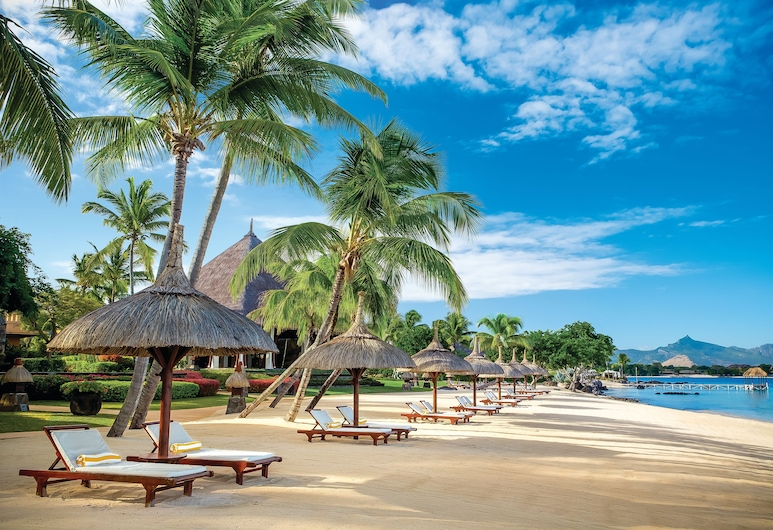 毛里裘斯歐貝羅伊海灘度假村, 巴拉克拉瓦