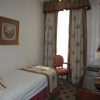 Mynd af London Lodge Hotel í London