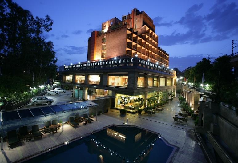 جايبي سيدهارث, نيو دلهي, واجهة الفندق