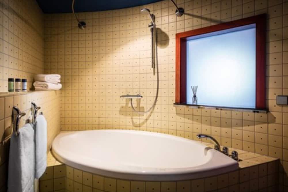 Penck Suite - Bathroom
