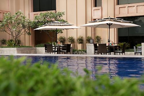 新德里大都會飯店及水療中心/