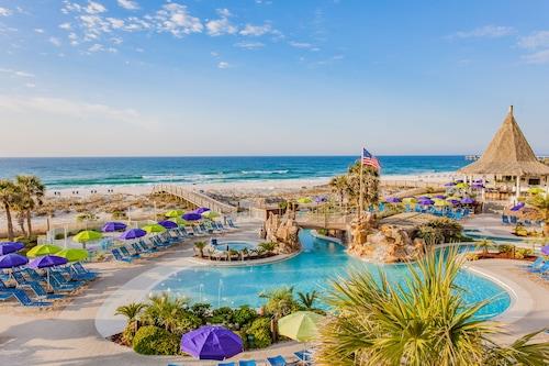 彭薩科拉海灘假日渡假飯店/