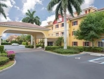 Picture of Hawthorn Suites by Wyndham Naples Pine Ridge in Naples