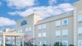 Reserve this hotel in Litchfield, Illinois