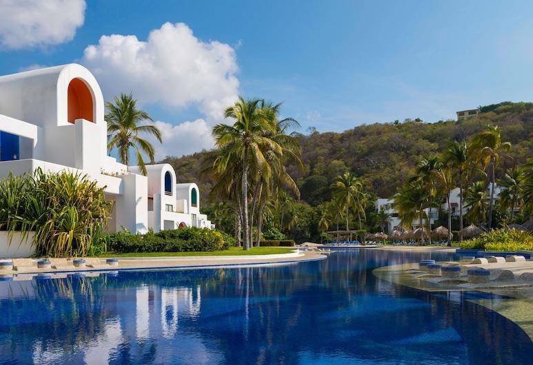 卡米諾皇家紮阿斯拉哈酒店, 聖瑪麗亞瓦圖爾科, 泳池