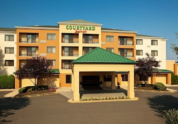 Picture of Courtyard by Marriott Cranbury South Brunswick in Cranbury