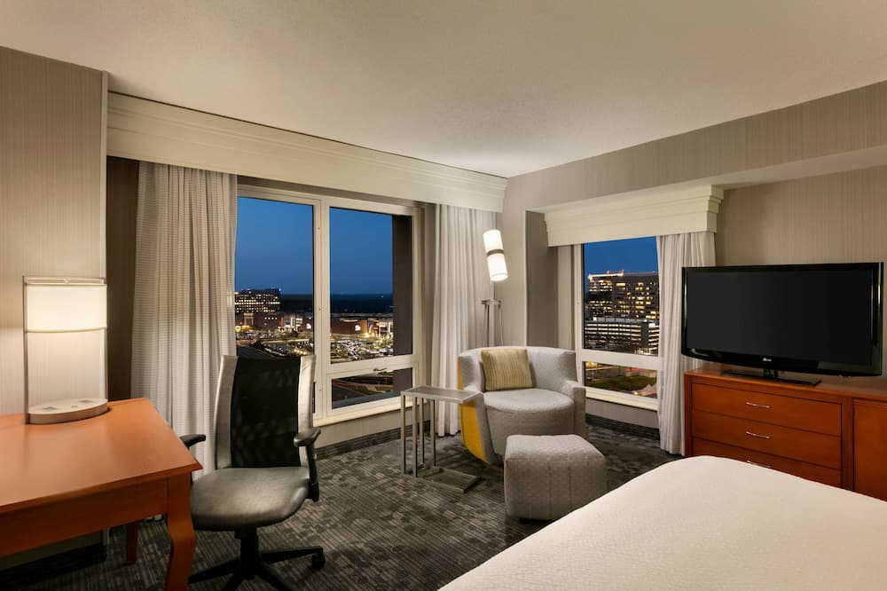 City Δωμάτιο, 2 Διπλά Κρεβάτια, Μπαλκόνι, Θέα στην Πόλη - Θέα στην πόλη