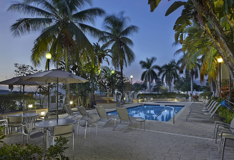Fairfield Inn And Suites By Marriott Boca Raton, Boca Raton, Udendørs pool