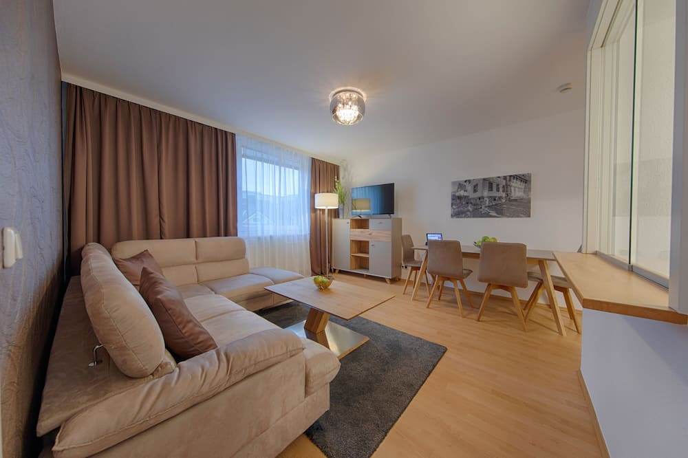 Comfort Apartment, 1 Double Bed, Kitchen (Living Room;with Sofabed) - Living Room