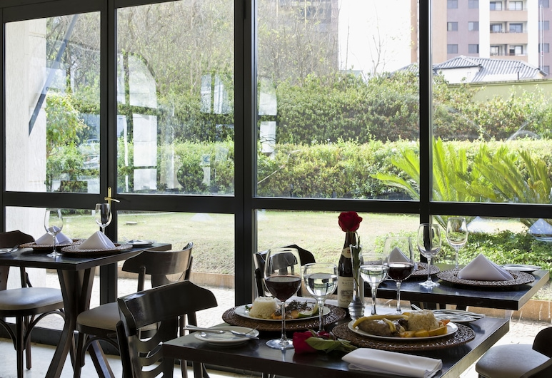 The Universe Paulista by Intercity - São Paulo, Sao Paulo, Restaurant