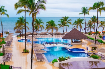 Enter your dates to get the Nuevo Vallarta hotel deal