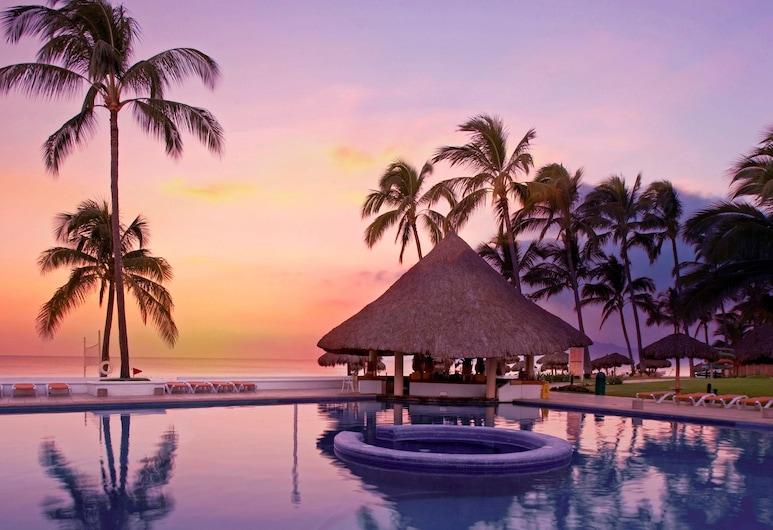 Marival Emotions Resort & Suites All Inclusive, Nuevo Vallarta, Outdoor Pool