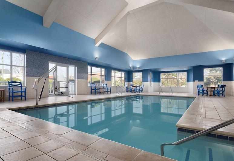 Country Inn & Suites by Radisson, Williamsburg Historic Area, VA, Williamsburg, Indoor Pool