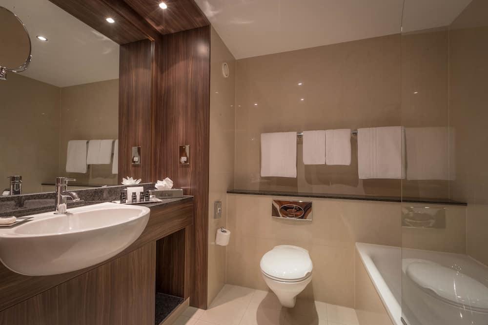 Представительский номер, 1 двуспальная кровать «Кинг-сайз» - Ванная комната