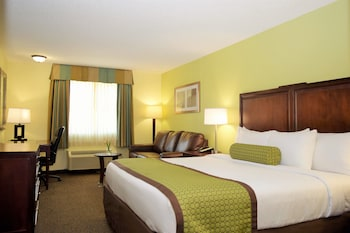 Picture of Baymont Inn & Suites Pierre in Pierre