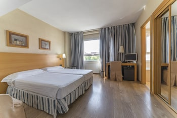 Picture of Hotel Infanta Mercedes in Madrid