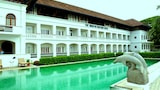 Choose This Luxury Hotel in Cochin