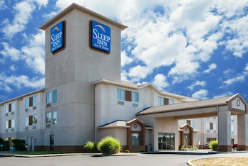 Picture of Sleep Inn & Suites in St. Charles