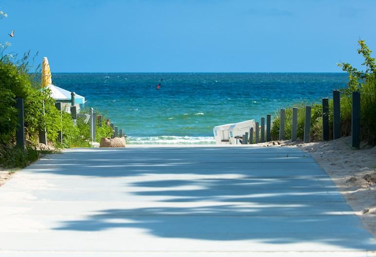 Grand Hotel Binz, Binz, Beach