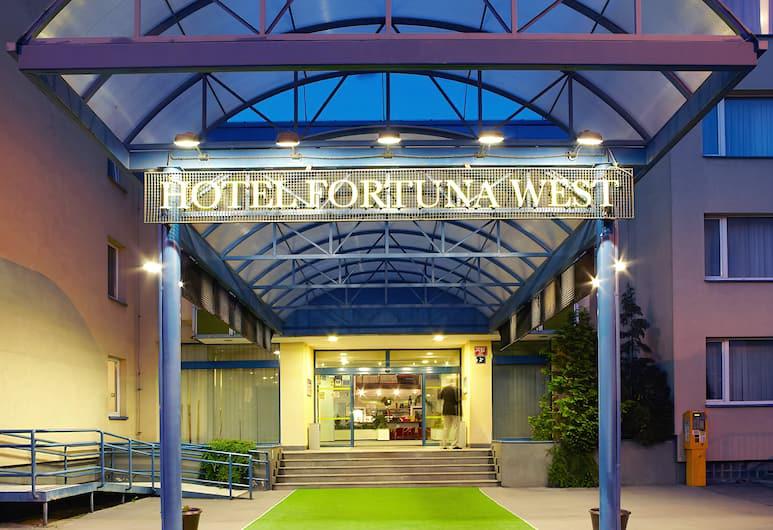 Hotel Fortuna West, Прага