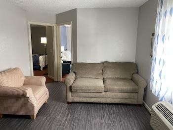 Fotografia do Days Inn & Suites by Wyndham Green Bay WI. em Green Bay (e arredores)