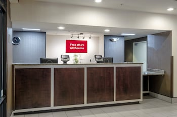 Fotografia do Red Roof Inn & Suites Savannah Airport em Pooler