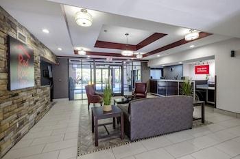 Picture of Red Roof Inn & Suites Savannah Airport in Pooler