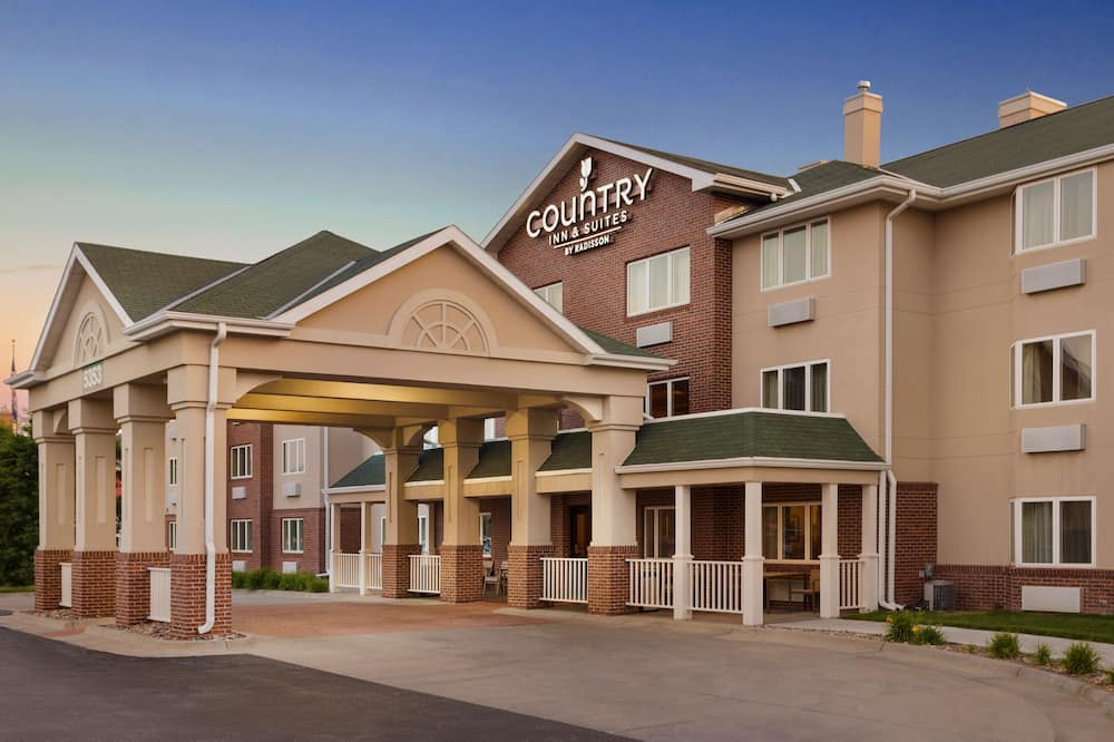 Country Inn & Suites by Radisson, Lincoln North Hotel and Conference Center, NE