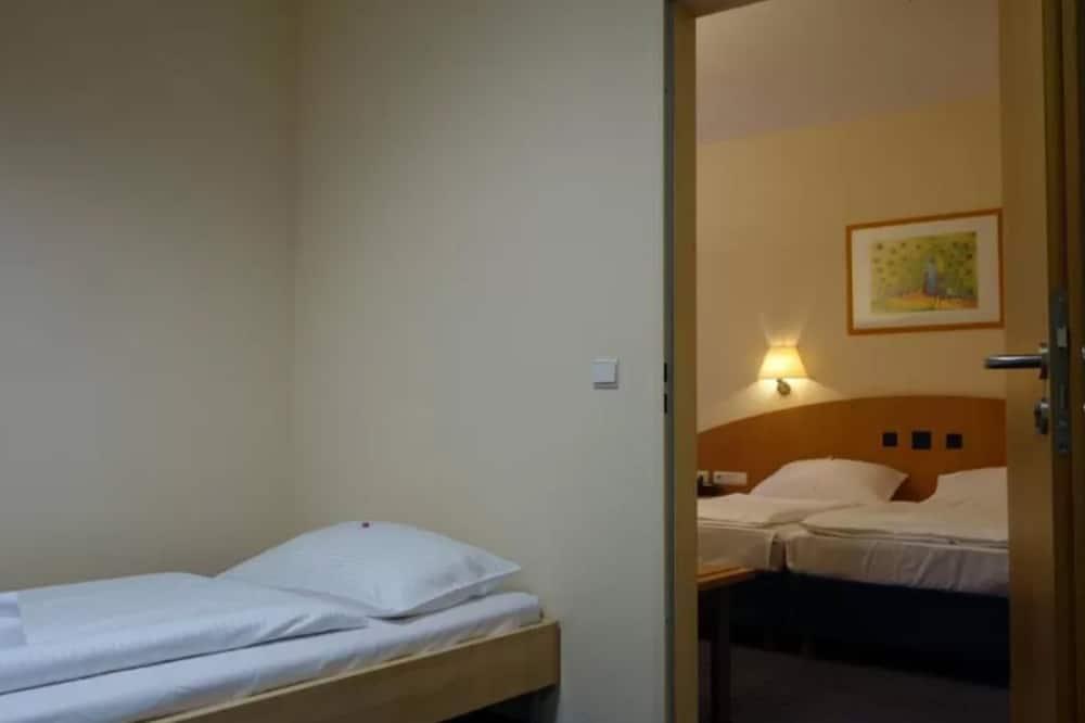 Трехместный номер - Дополнительные кровати
