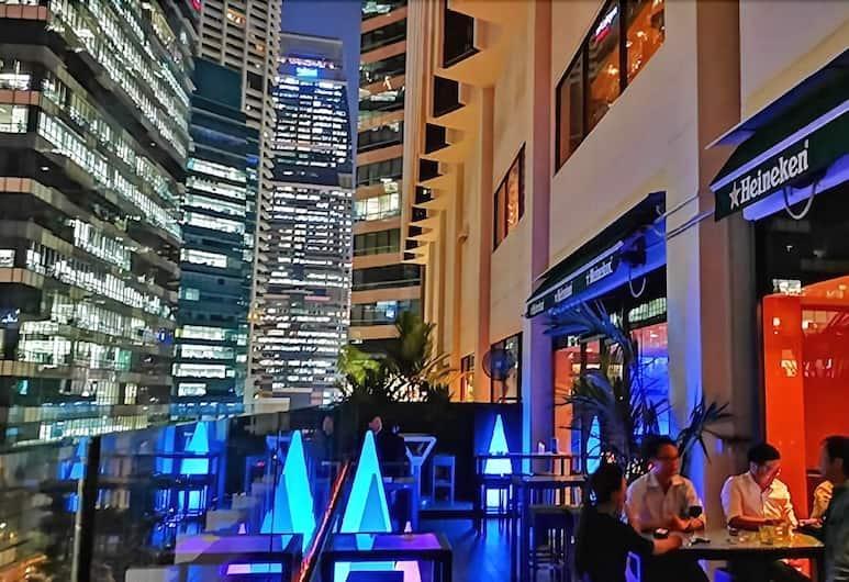 M Hotel Singapore, Singapore, Hotel Bar