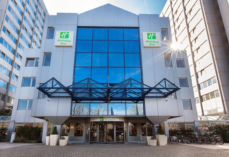 Holiday Inn Berlin City East - Landsberger Allee, Берлін, Вхід до готелю