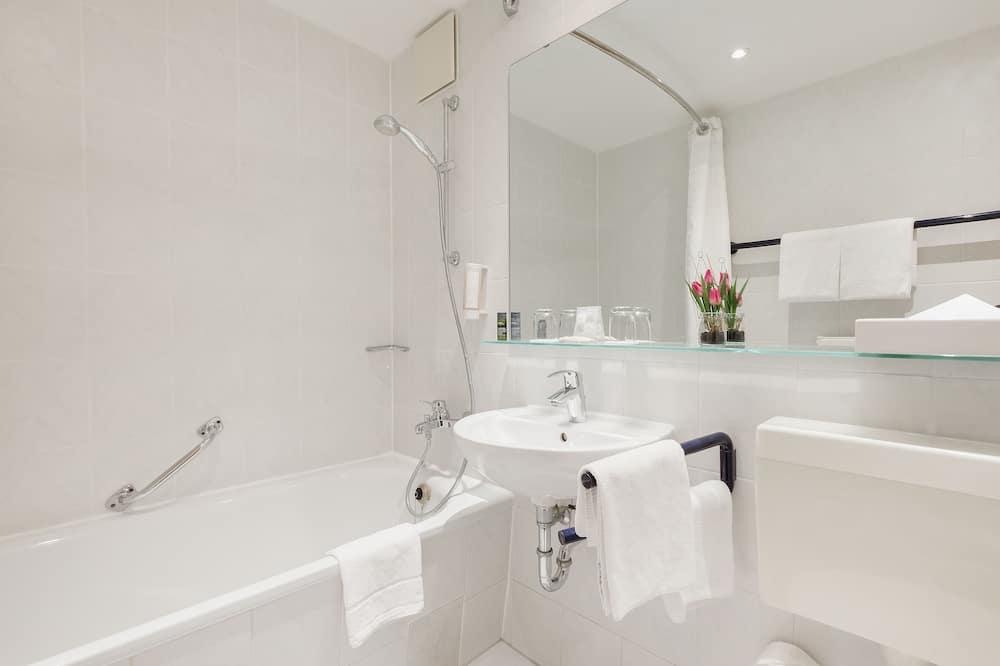 Room, Accessible, Non Smoking (Mobility) - Bathroom