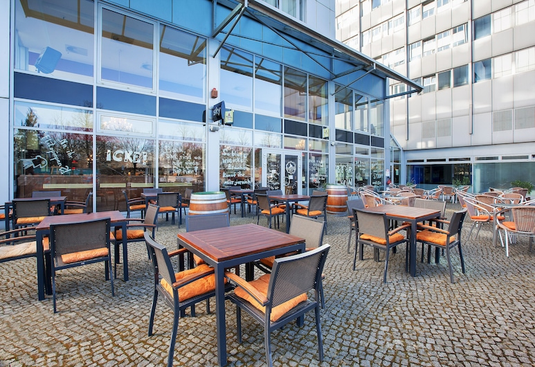 Holiday Inn Berlin City East - Landsberger Allee, Berliini, Terassi/patio