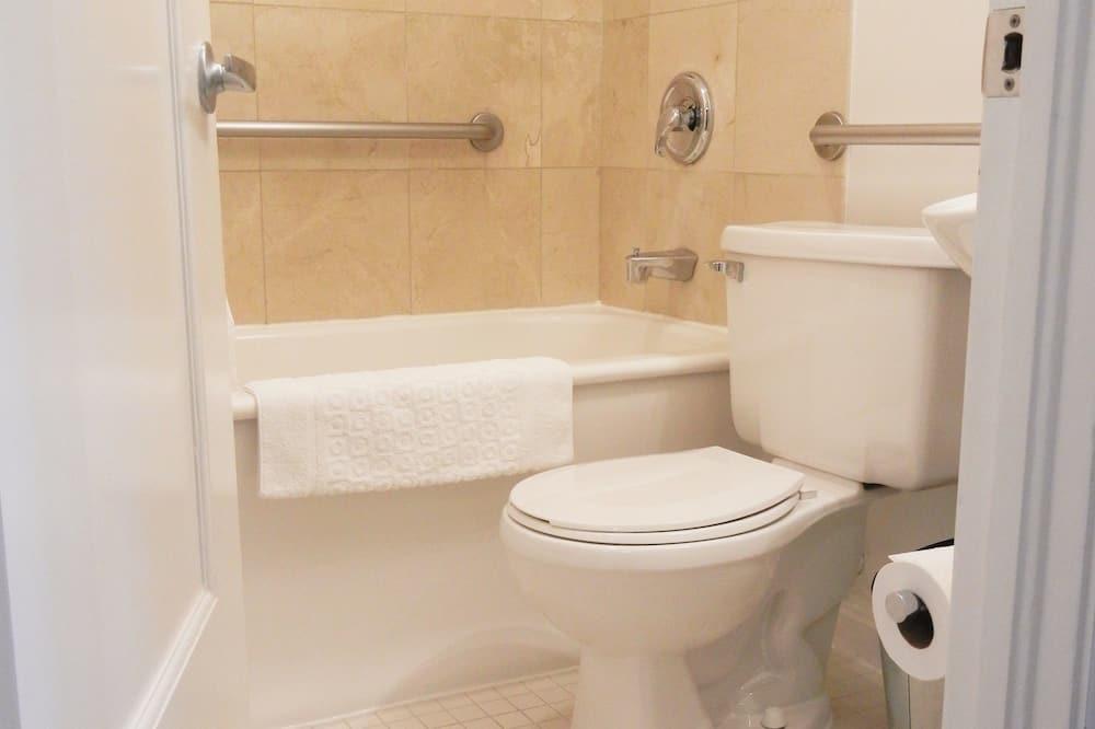 Deluxe-værelse - 1 queensize-seng - Badeværelse