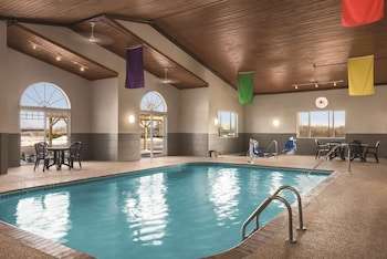 Enter your dates to get the Dubuque hotel deal