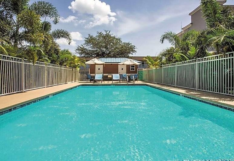 Comfort Inn & Suites Melbourne-Viera, Melbourne