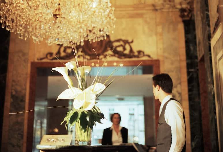 Ambassador Hotel, Vienna, Reception