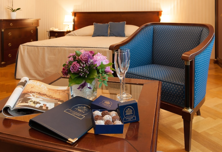 Ambassador Hotel, Viena