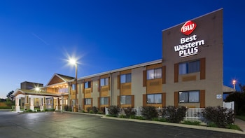 Picture of Best Western Plus Oakbrook Inn in Westmont