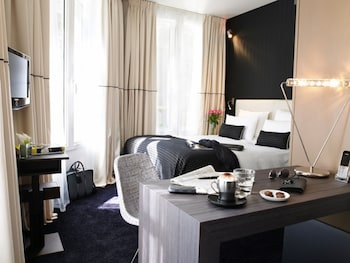 Choose This Five Star Hotel In Paris
