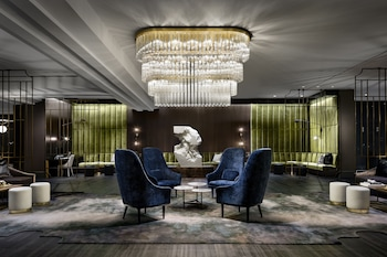 Picture of The Gwen, a Luxury Collection Hotel, Michigan Avenue Chicago in Chicago