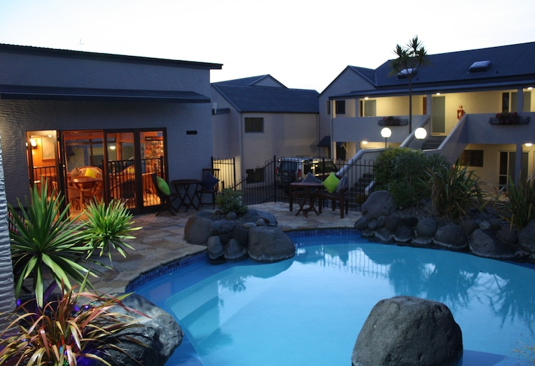 Baycrest Lodge, Taupo, Outdoor Pool
