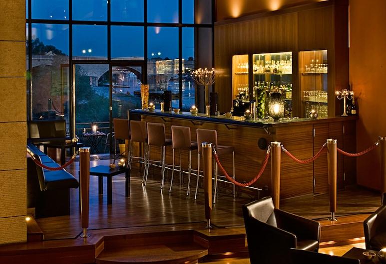 Sorat Insel-Hotel Regensburg, Regensburg, Hotelový bar