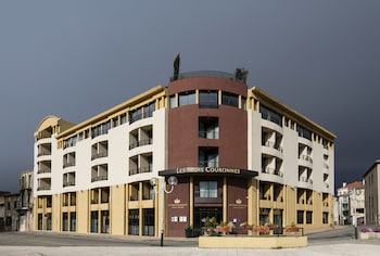 Picture of Hotel des Trois Couronnes in Carcassonne